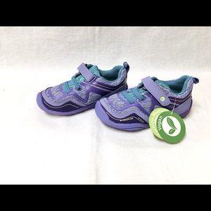 NWT Pediped Force Vegan Sneakers